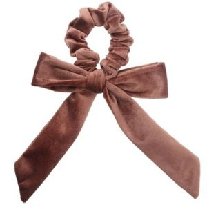 Accessories - Velvet Scrunchie with bow brown